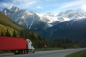 transport-truck-with-mountain-view